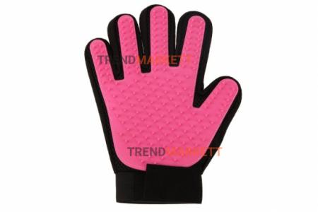 Перчатки для вычесывания шерсти pink
